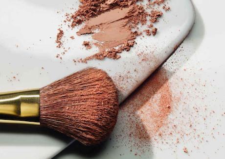 Narona natürliches Make-up